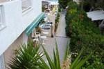 Апартаменты Seaside Apartments