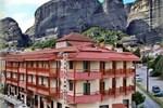 Отель Hotel Famissi