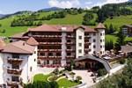 Отель Almhof Hotel Call