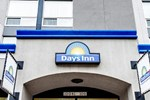Отель Days Inn Edmonton Downtown