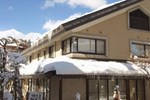 Отель Hakuba Onsen Ryokan Shirouma So