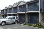 Отель Azena Motel