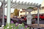 Court Plaza Inn & Suites of Mackinaw