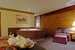 Best Western Holland House & Suites