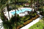 Отель Courtyard by Marriott Miami Lakes
