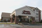Отель Hampton Inn & Suites Scottsburg