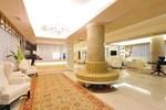 Отель Hotel Roxy Plaza