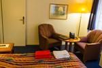 Отель Hine Adon