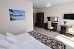 Отель Hotel Santa Monica