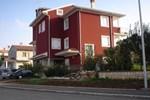 Апартаменты Apartments Suzi & Elvis
