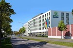 Отель Holiday Inn Express Augsburg