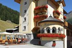 Отель Hotel Pedranzini