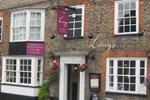 Отель Longs Inn