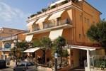 Отель Delfino