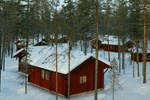 Отель Hotel Jeris Log Cabins
