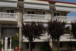 Апартаменты John & Eve Hotel