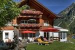 Отель Ferienwohnungen Willi Huber