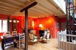 Мини-отель Chambres d'Hôtes Les Terrasses de la Maison Pago