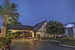 Отель Howard Johnson Express Inn Norco