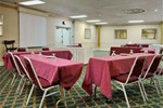 Отель Ramada South Fredericksburg