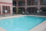Отель Comfort Inn & Suites At Braunig Lake