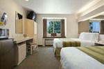 Microtel Inn & Suites - Lodi   N. Stockton