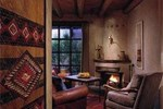 Отель Inn of the Anasazi, A Rosewood Hotel