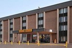 Super 8 Liverpool  Syracuse Area
