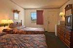 Отель Super 8 Motel - Talladega