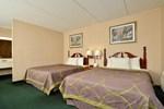 Отель Days Inn - Lenox