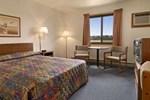 Отель Super 8 Motel - Wahpeton