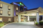 Отель Holiday Inn Express Charles Town