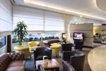 Отель UNA Hotel Cusani