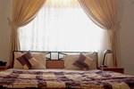 Отель La Playa Suites