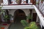 Отель Riad Les Nuits de Marrakech