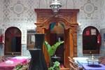 Отель Ryad Bab Berdaine