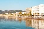 Отель The Beachfront Hotel