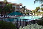 Отель La Quinta Inn & Suites Ft. Myers - Sanibel Gateway