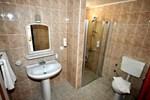 Отель Sunpoint Suites Hotel