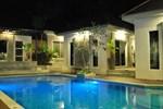 Отель Laila Pool Village