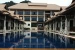 Отель Poolsawat Villa