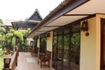 Отель Khetwarin Resort Amphawa