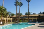 Отель Days Inn Bakersfield