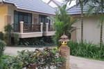 Отель Chiangkhong Teak Garden Hotel