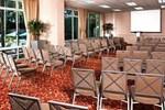 Отель DoubleTree by Hilton Bakersfield