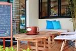 Хостел 2W Cafe & Hostel