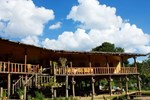 Отель Karen Hill Tribe Lodge