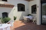 Отель Restaurante y Apartamentos Can Mora