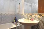 Apartment Bac de Roda / Taulat Barcelona