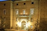 Отель Castello Chiola Dimora Storica
